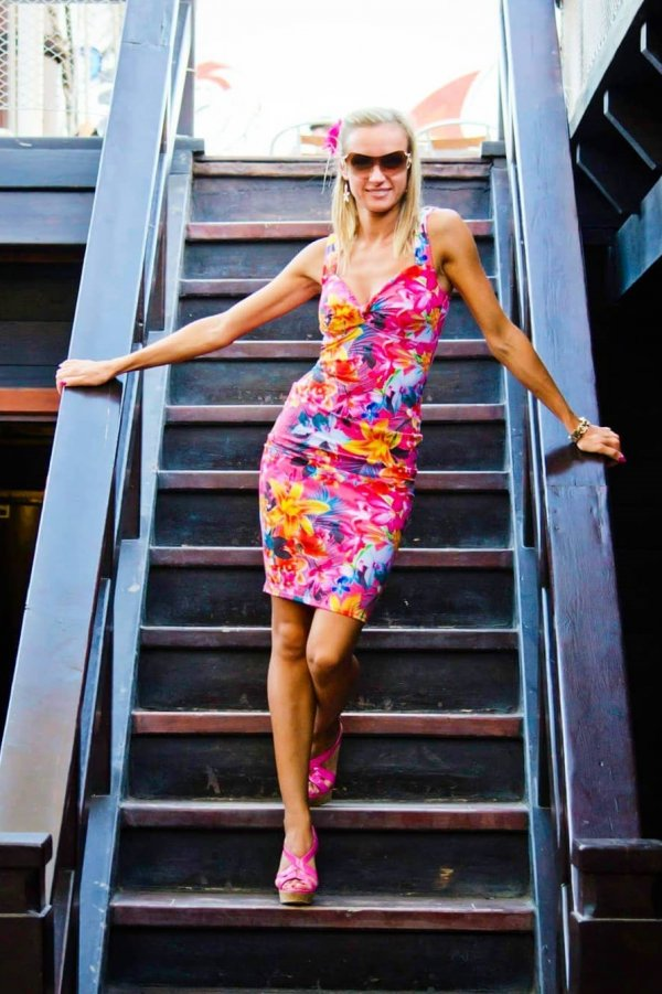 Fabulous Bright Pink Floral Print Sheath Dress With Matching Heels And Sunglasses