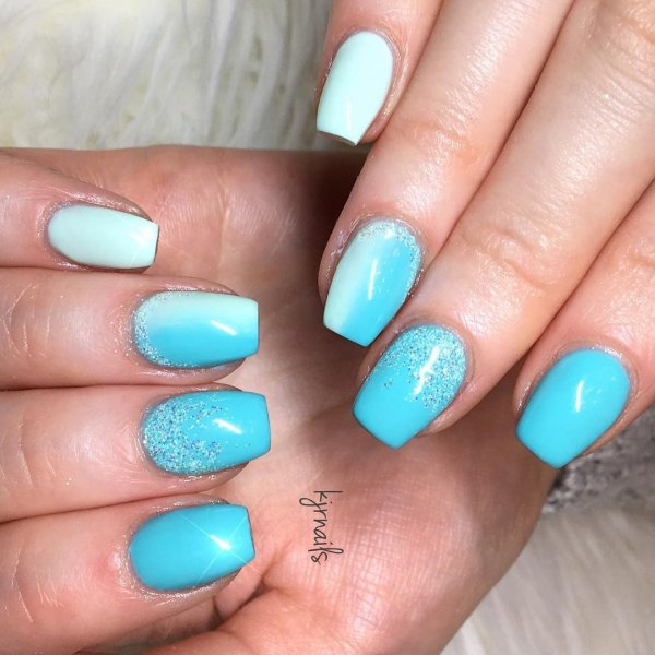 33 Mint Blue Ombre Nails Via