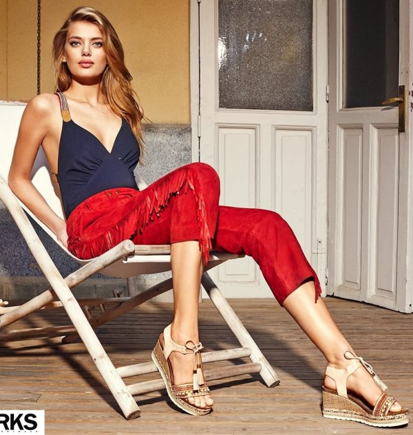 Navy Blue Spaghetti Strap Top, Red Fringes Pant And Sandals