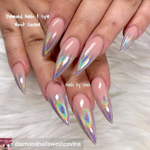 Perfect Holographic Nails