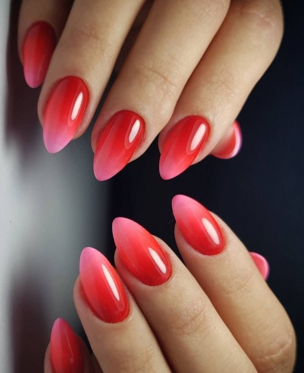Rocking Red And Pink Gradient Nails