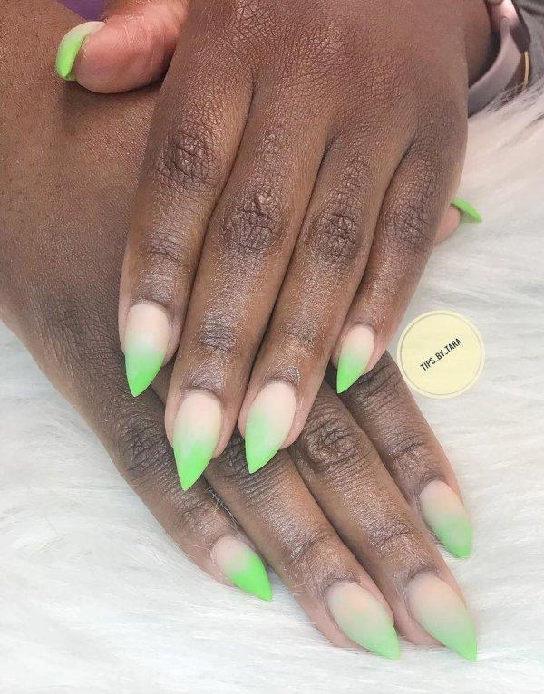 Sassy Green Nails