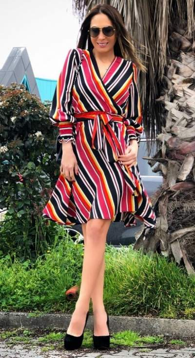 Stunning Colorful Stripes Wrap Dress With High Heels