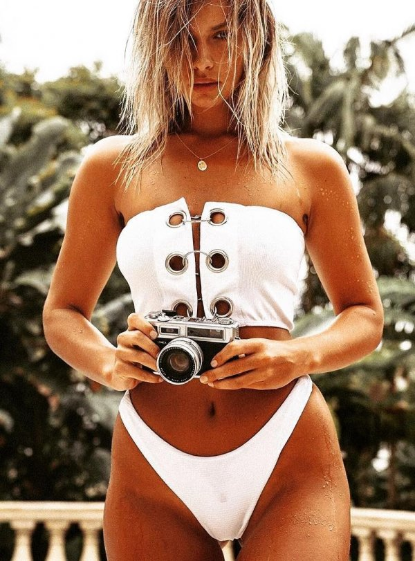 White Off Shoulder Swimwear With Three Buckles In Front