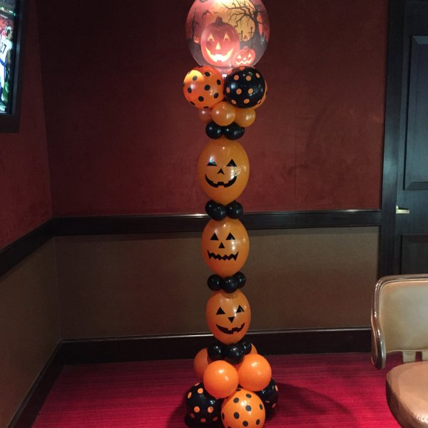 Amazing Black And Orange Polka Dots Balloon Lantern Decoration Idea