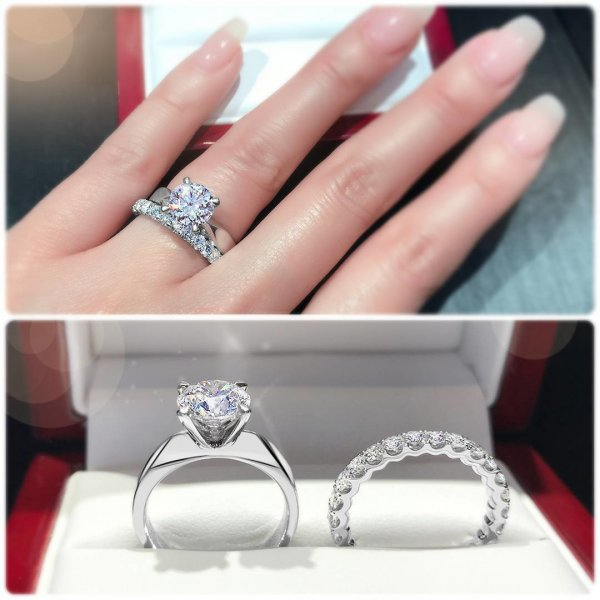 Amazing Solitaire Engagement Ring Band