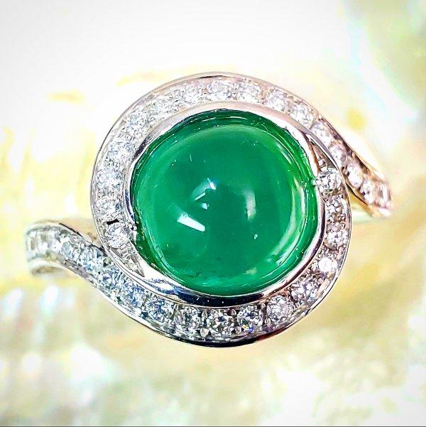 Cat's Eye Emerald Diamond Engagement Ring