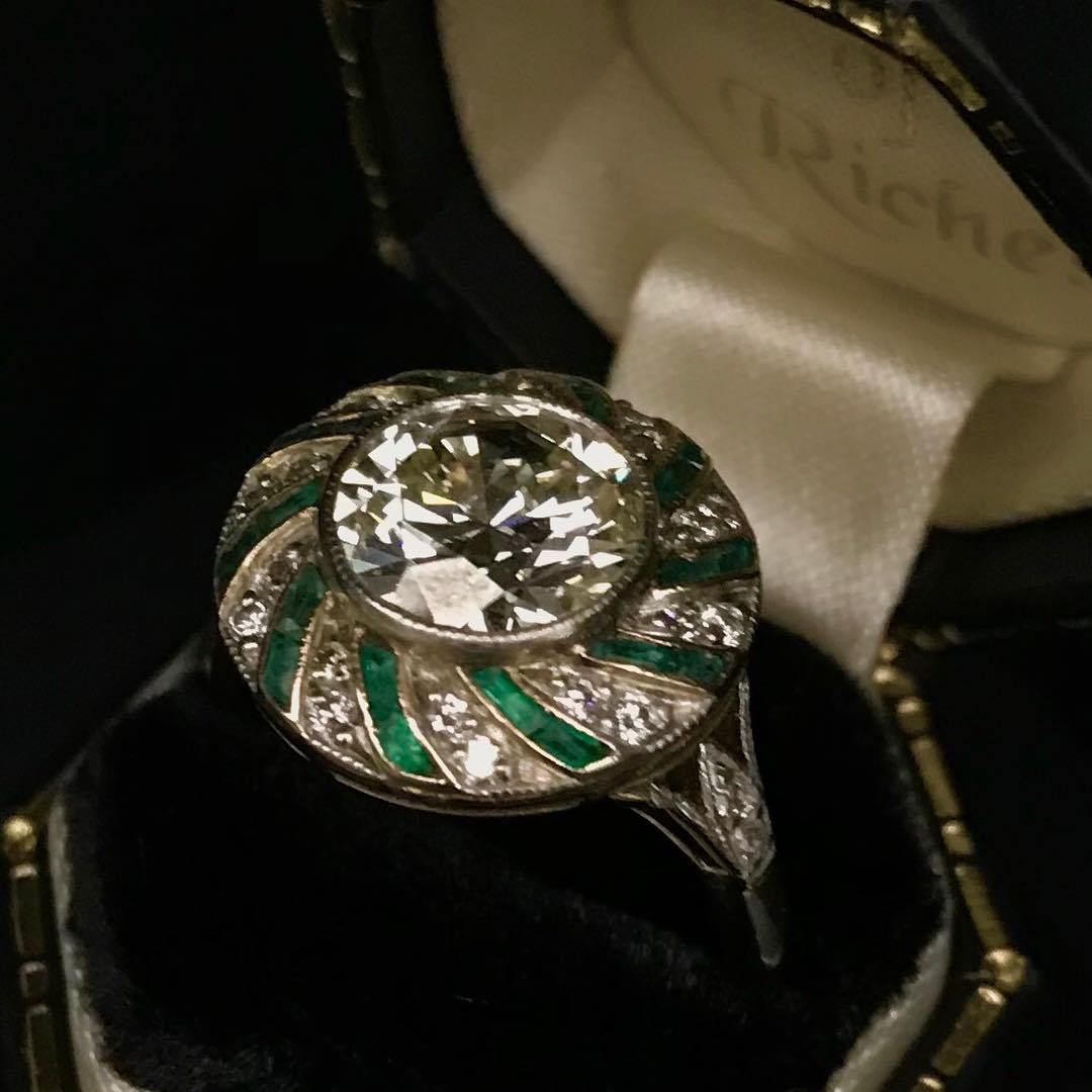 Charismatic 1.94ct Engagement Ring OF Diamond And Emerald