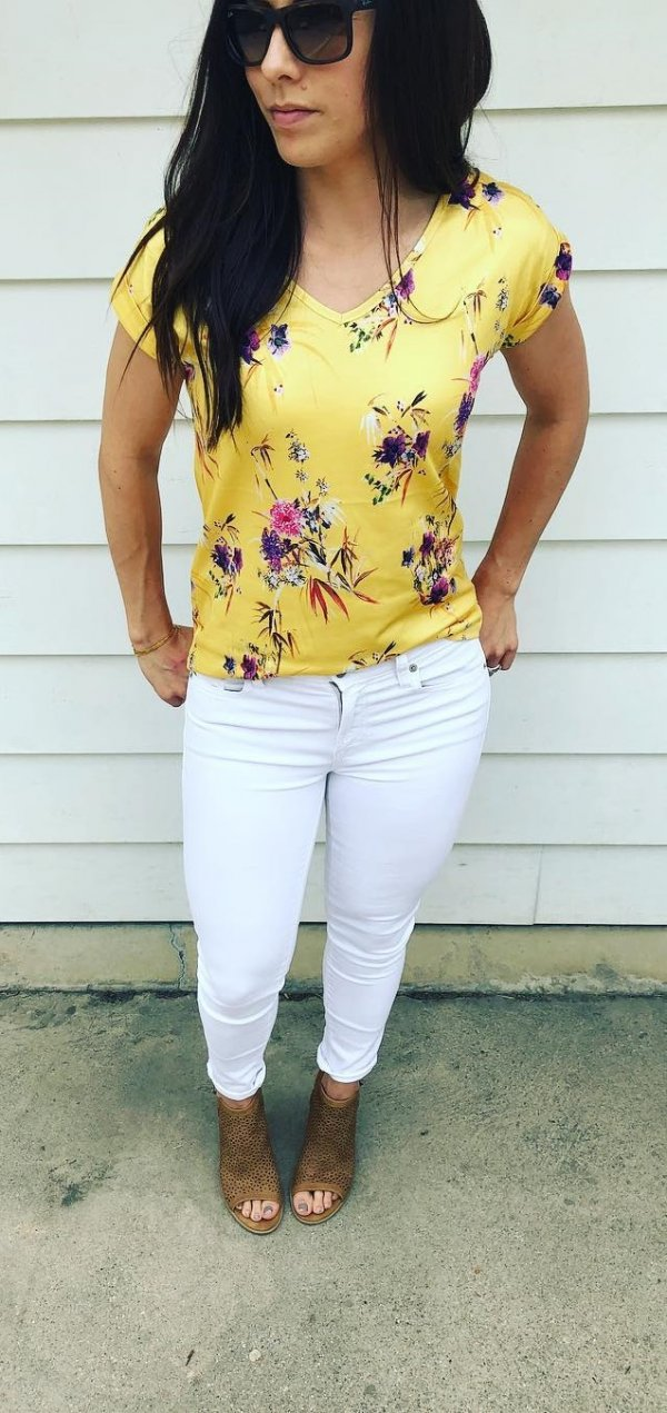 Charismatic Yellow Floral Print V-Neck Top, White Jeans And Peep Toe Heels