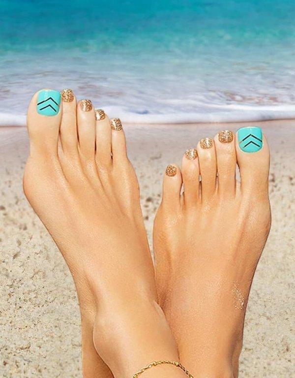 Cool Aqua And Golden Toes