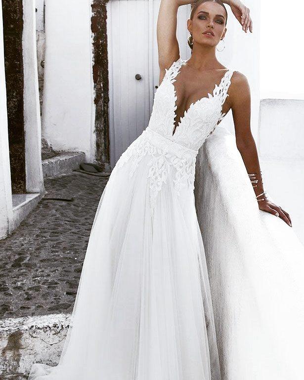Dashing Embroidered Waistline Bridal Wear