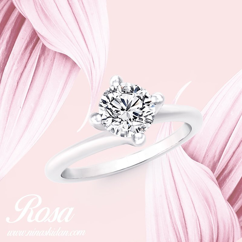 Droolworthy White Gold Diamond Ring For Engagement