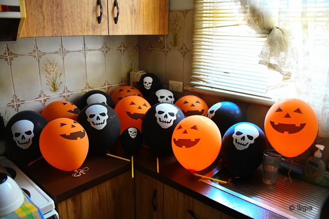 Easy Kitchen Decor With Printable Balloons