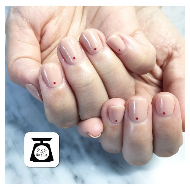 Elegant Nude Single Dot Nails