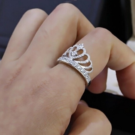 Exclusive Crown Shape Ring For Engagement