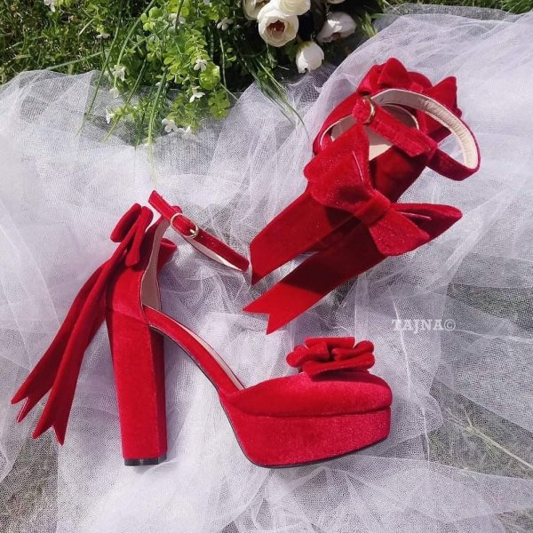 Fabulous Velvet Red High Heels With Bow