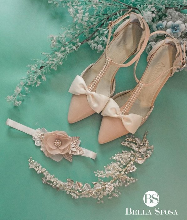 Fancy Pointed Toe Wedding Shoes With Embellished Straps And Bow