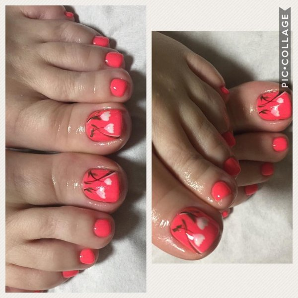 Floral Nail Art For Toes