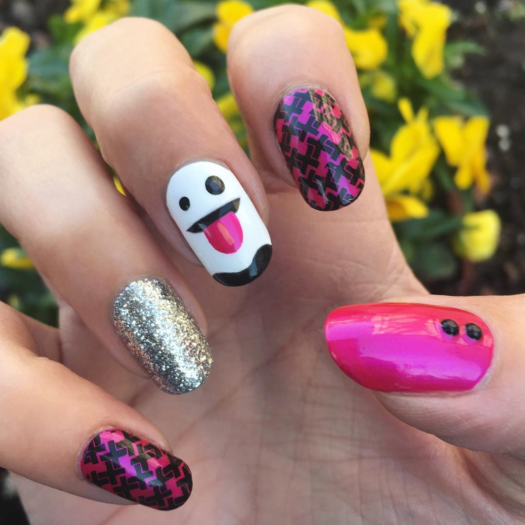 Funny Ghost On Pink Nails