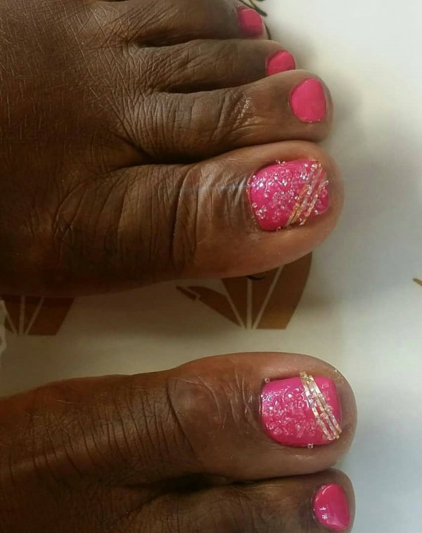 Glittery Pink Toes