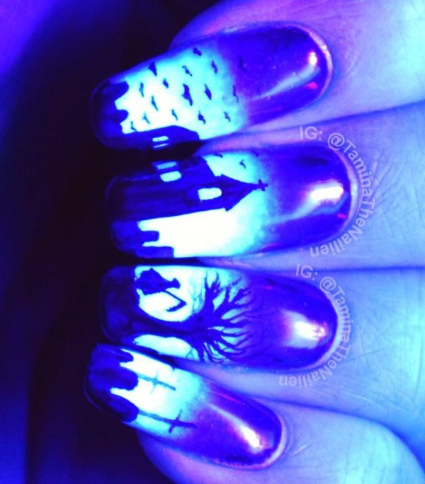 Glowing Nails With UV Coating