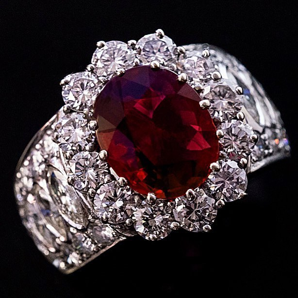Graceful Engagement Ring With Ruby