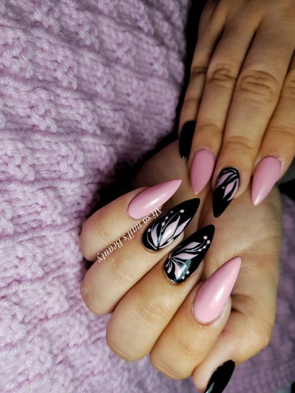 Graceful Pink And Black Designer Stiletto Nails