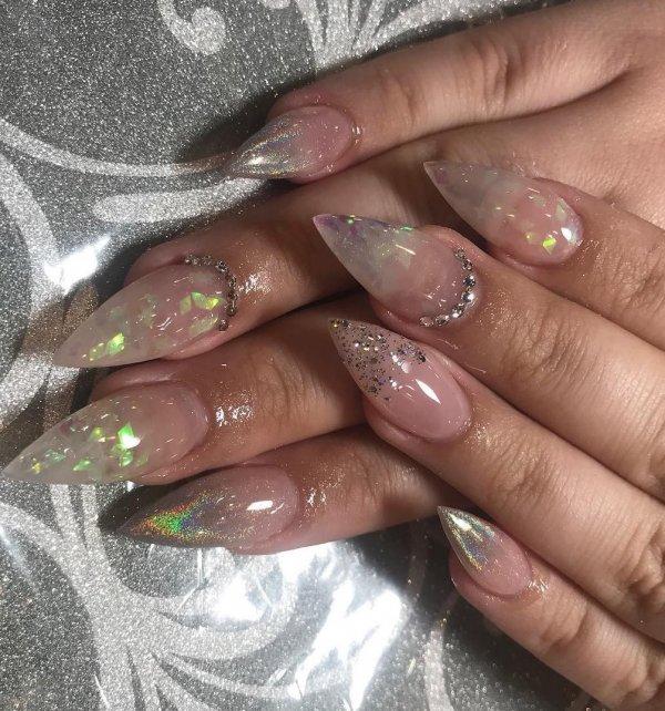 Gradient Ombre Stiletto Nails