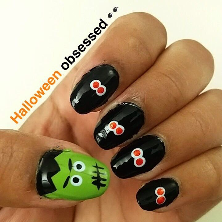 Green And Black Frankenstein And Eyes Nails