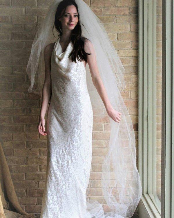 Halter Neck Vintage Inspired Ralph Lauren Wedding Dress With Veil