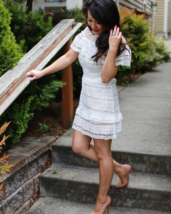 Lace Bodice Fashionable Short Wedding Dress