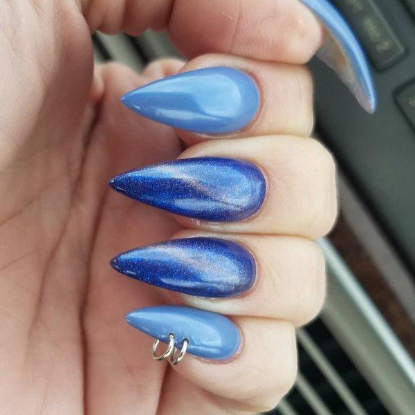 Magnetic Blue Stiletto Nails