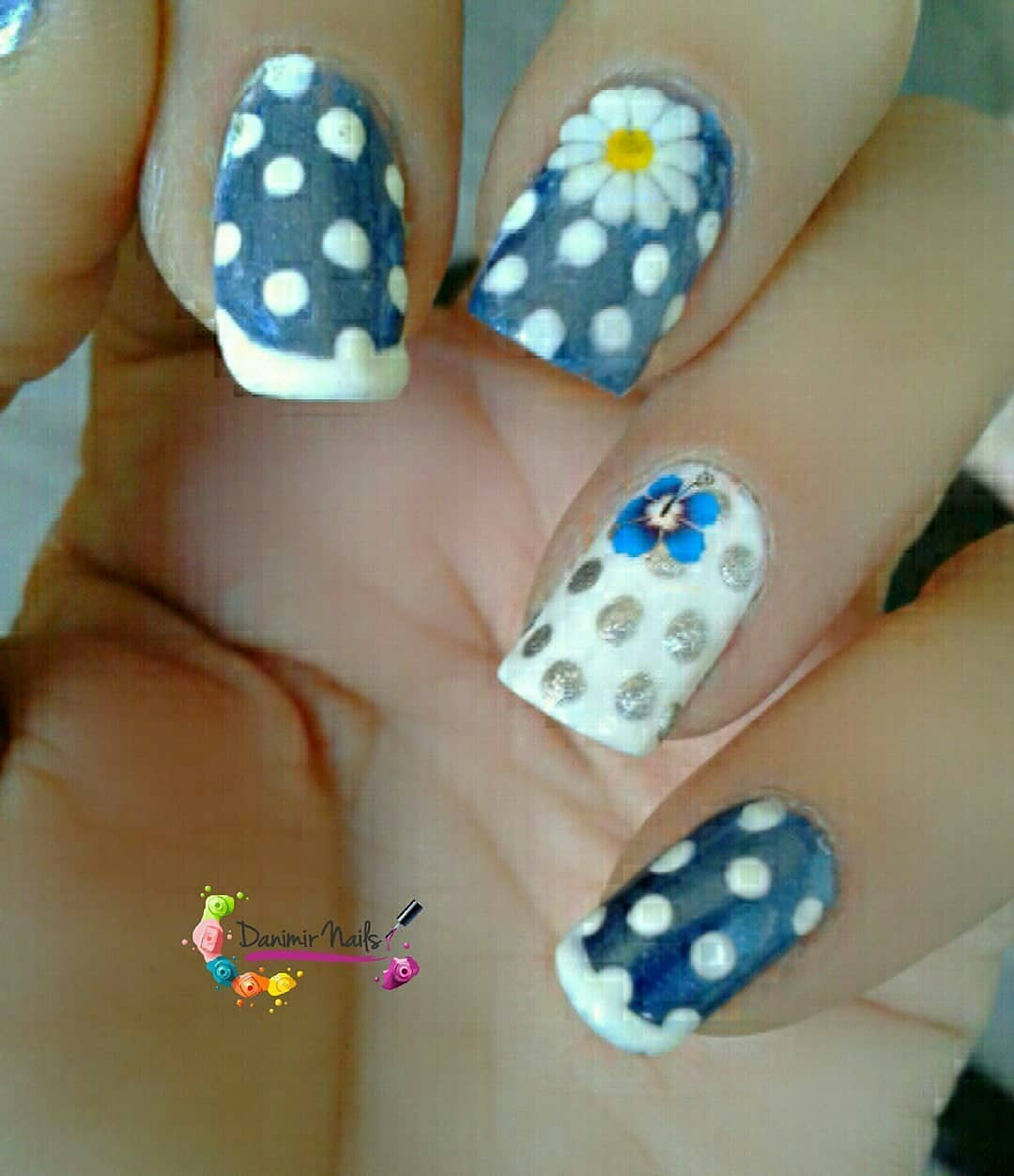 Modern Blue and White Polka Dot Nail Art Design with Flower