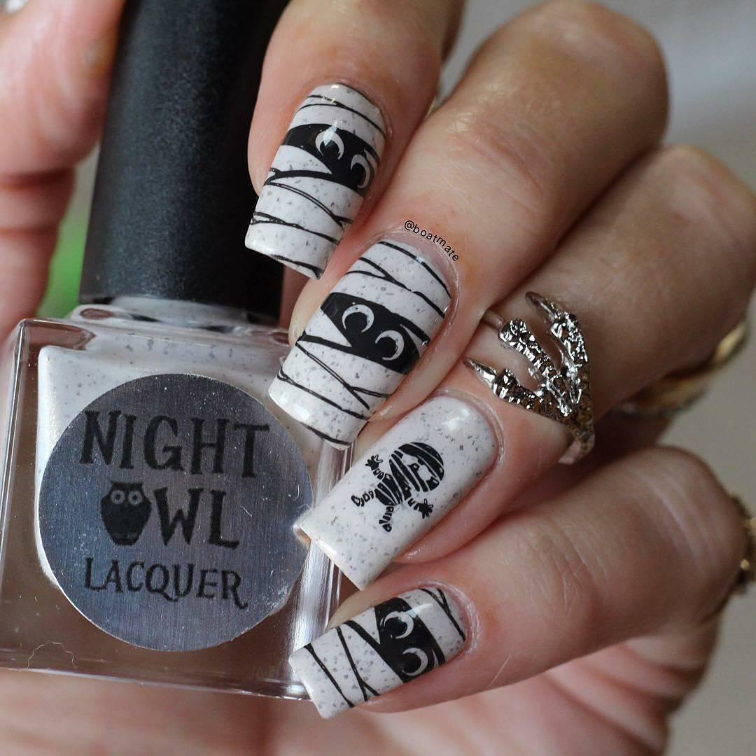 Mummy Painted On Nails