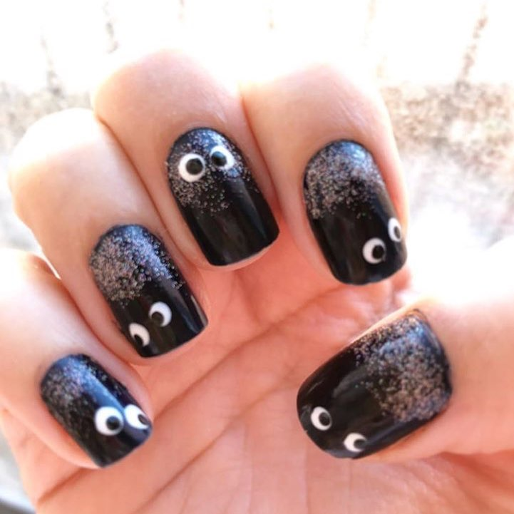 Neat-Fashion Black Halloween Nail Art Design With Scary Design