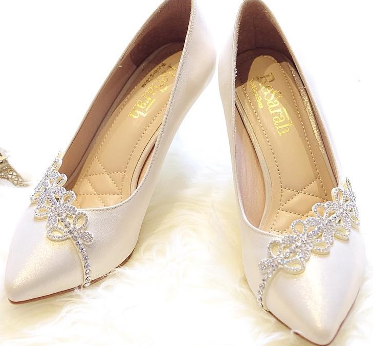 Nice Bridal Shoes With Designer Embellishment