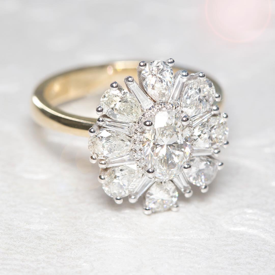 Pretty Diamond Ring For beautiful Women