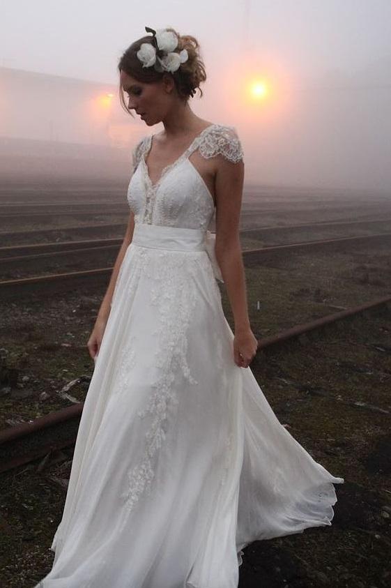 Ravishing Chiffon Wedding Dress With Capped Sleeves