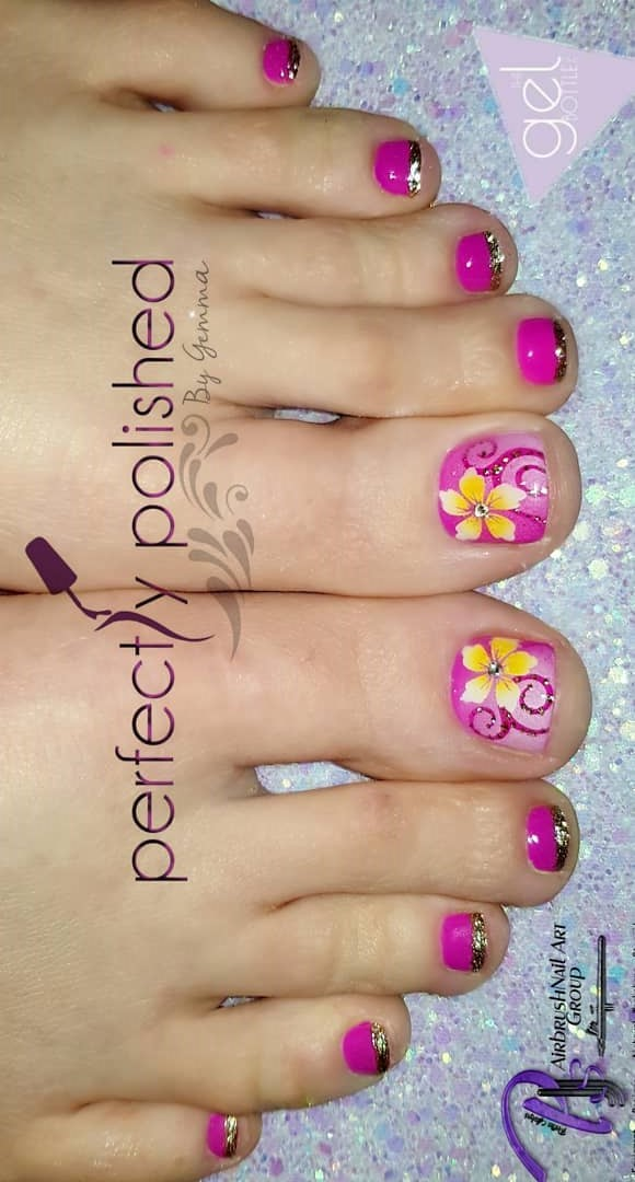 Ravishing Pink Nails With Yellow Flower