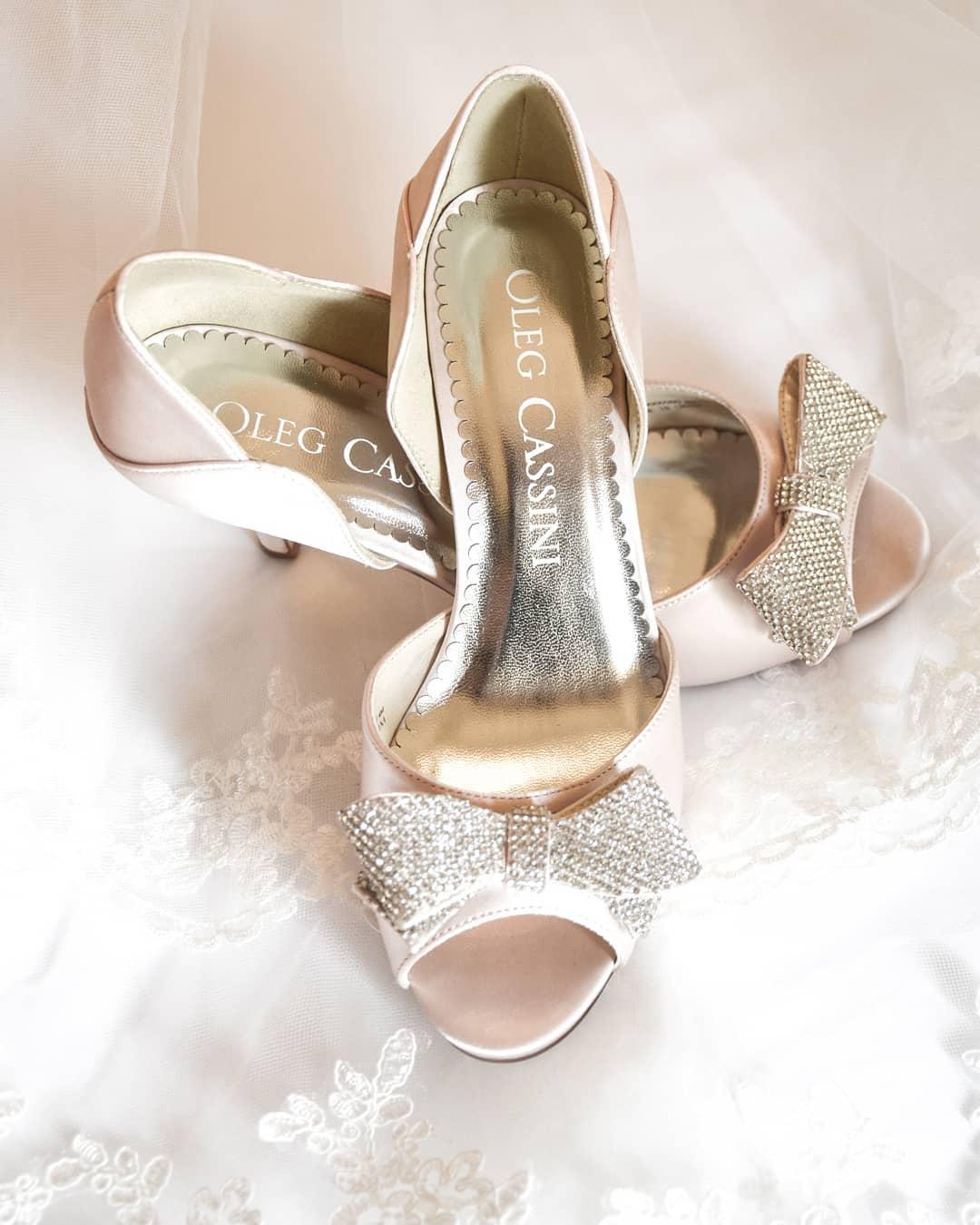 Romantic Wedding Heels With Embellishment Bow