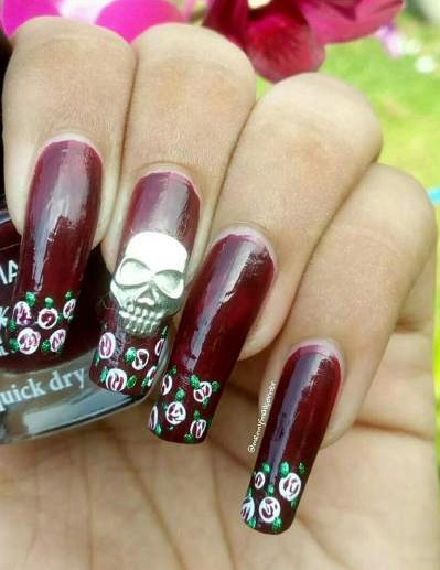 Skull & Roses Painted On Your Nails