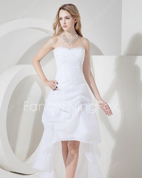 White Organza Sweetheart Neckline Beach Wedding Dress