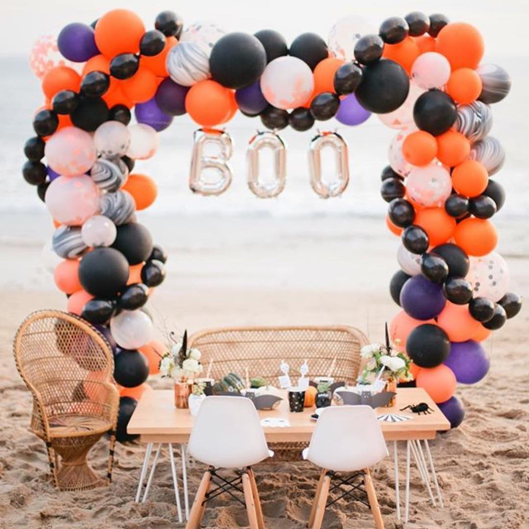 Wow Balloons For Beach Halloween Party With Bat, Spider, Witch, Pumpkin And Skull