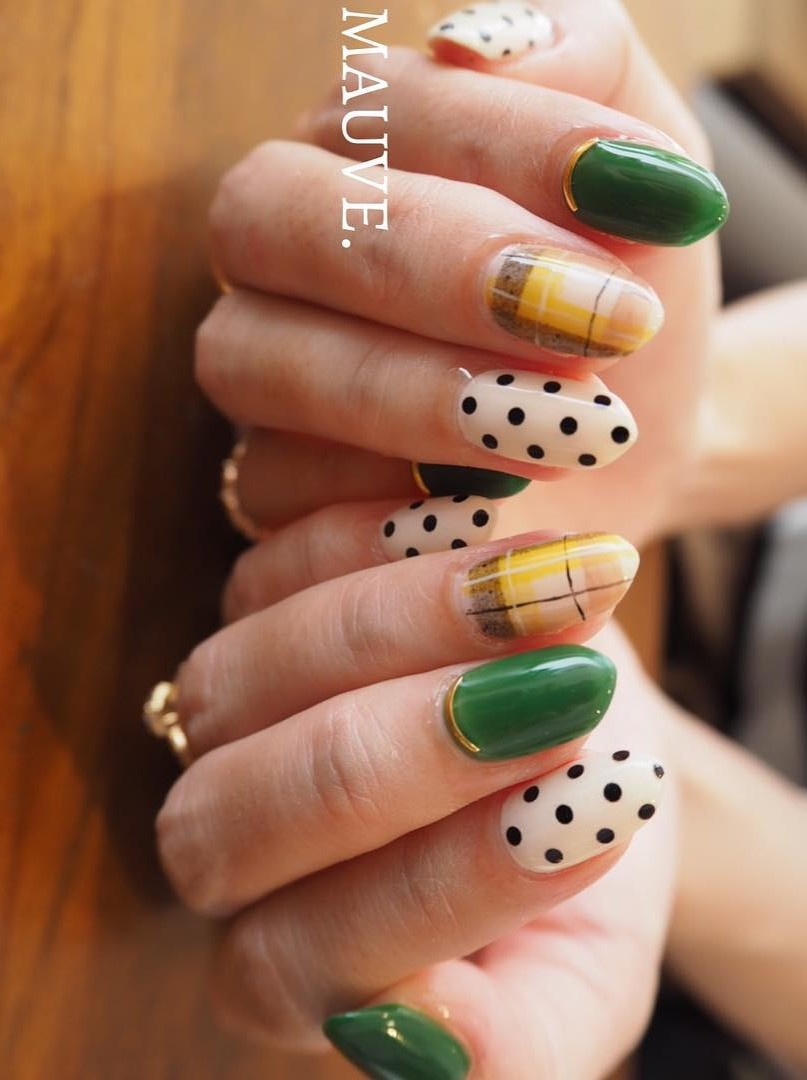 Wow Green And White Nail Art with Geometric Pattern and Polka Dots