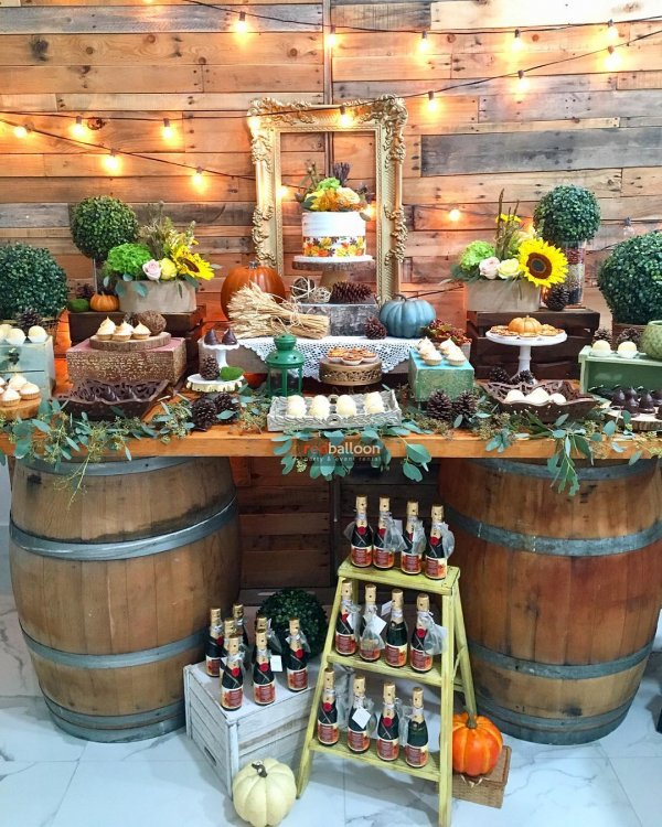 Chic rustic thanksgiving party decor idea