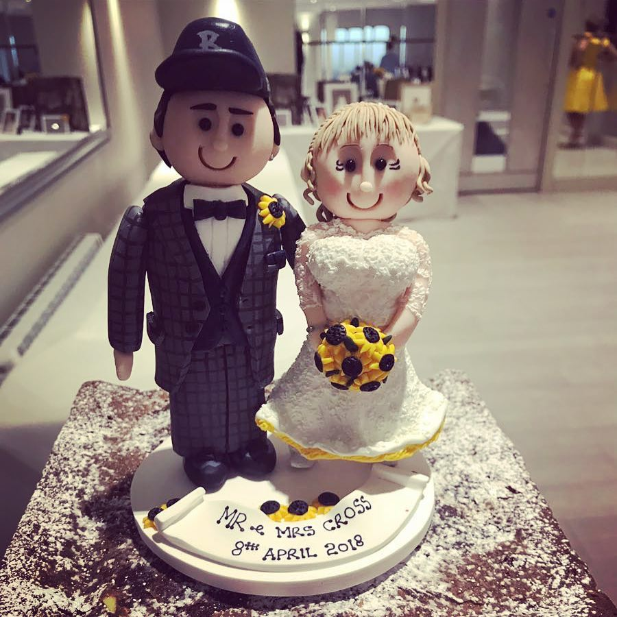 Sunflower theme wedding cake topper perfect for summer