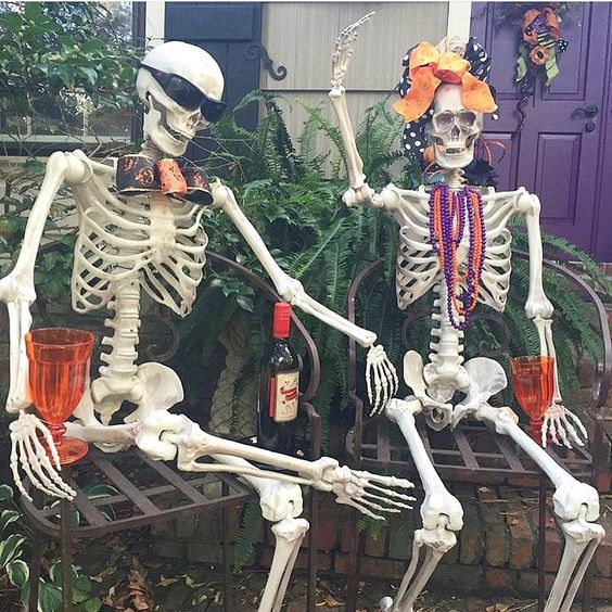 Amazingly Designed Chatting Skeletons for Backyard Halloween Decoration.