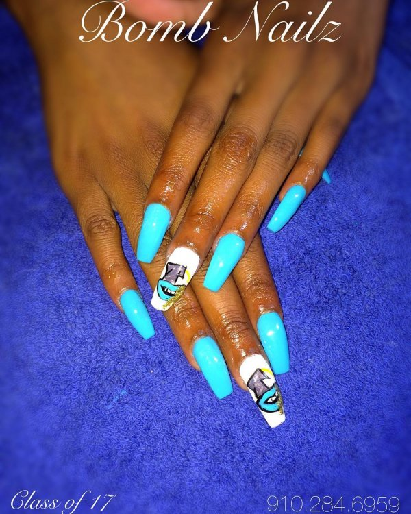 45 Awesome Graduation Party Nail Designs For Your Big Day Collagecab