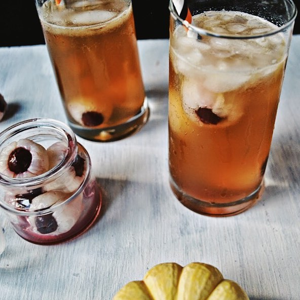Evil-eye dark & stormy drink. Pic by lepetitluxe