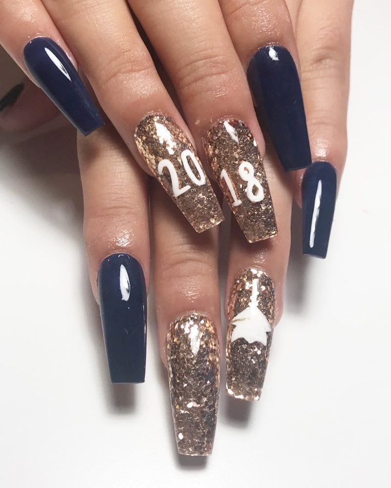 25 Awesome Graduation Party Nail designs For Your Big Day   CollageCab
